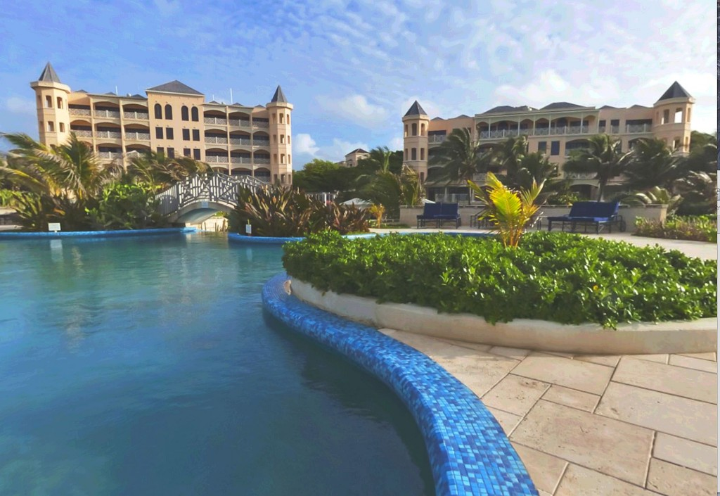 Luxury holiday at The Crane Resort